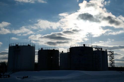 нефть, нефтедобыча, цистерна с нефтью, небо