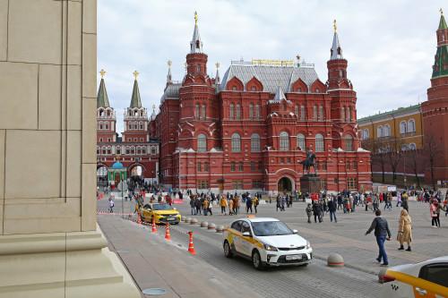 marshal_zhukov_moskva_manezhnaya_ploshchad_istoricheskiy_muzey.jpg