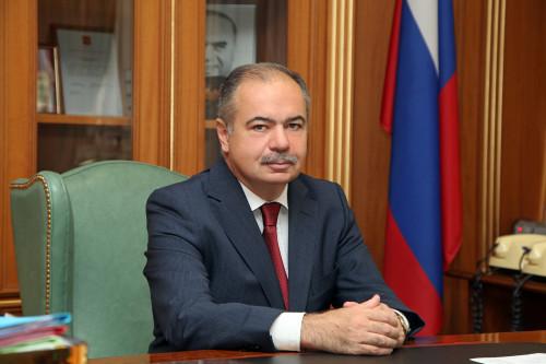 ilyas_umakhanov_sovet-federatsiy.jpg