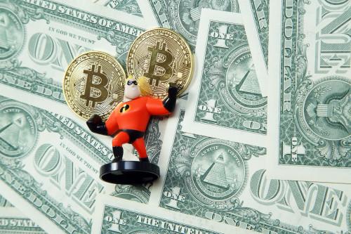 bitkoin_dollar_amerikanskiy_geroy.jpg