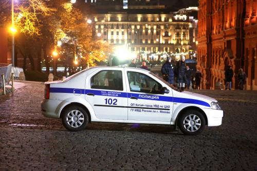 police_mashina_politsii_krasnaya_ploshchad.jpg